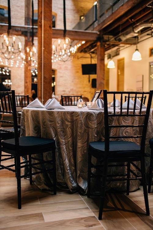 Fog Nautilus Table Linen, Silver Swirl Table Cloth