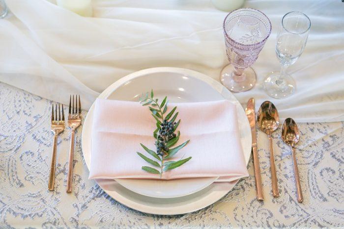 Silver Martinique Reversible Table Linen, Grey Paisley Table Cloth, Primrose Lamour Napkin, Light Pink Napkin